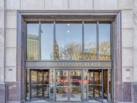 建筑位于Brooklyn300 Cadman Plaza West, One Pierrepont Plaza, 12th Floor 1