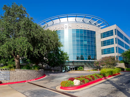 Building at Plaza 7000, 7000 North Mopac Expressway, 2nd Floor in Austin 1