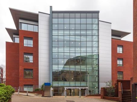 建筑位于ExeterSouthernhay Gardens, The Senate 1