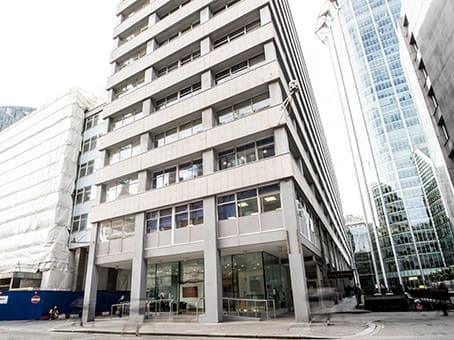 Building at 45 Moorfields, Moorgate in London 1