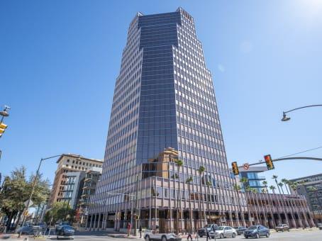 建筑位于TucsonOne South Church Avenue, Suite 1200 1