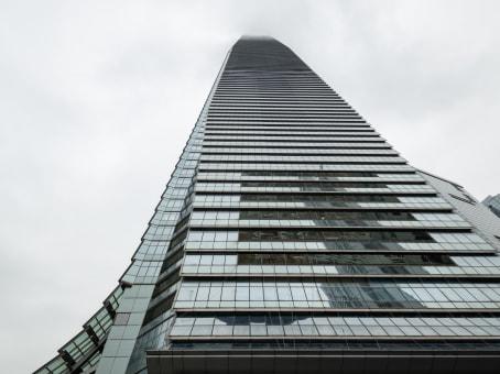 建筑位于香港环球贸易广场82楼, 尖沙咀柯士甸道西1号, 九龙 1