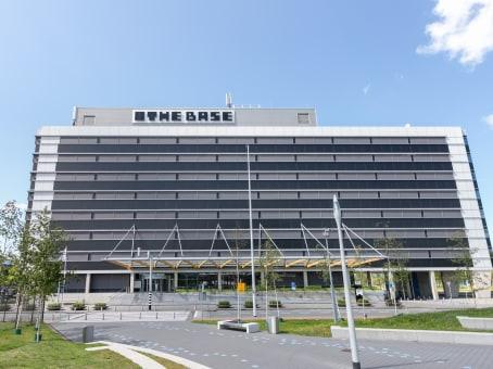 建筑位于AmsterdamEvert van de Beekstraat 1-104, The Base B 1