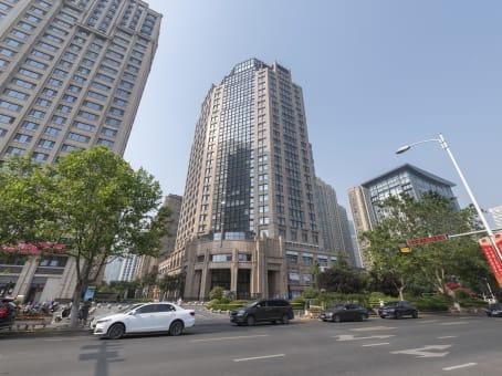 建筑位于青岛市延吉路76号, 中海大厦7层, 市北区 1