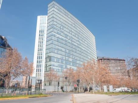 建筑位于SantiagoAve. Presidente Riesco #5335, 9th Floor, Comuna Las Condes 1