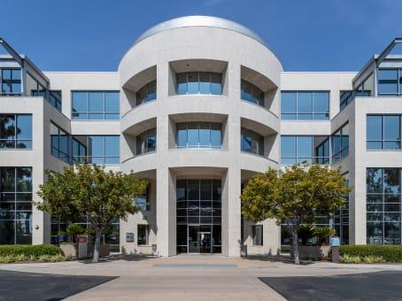 建筑位于San Diego4445 Eastgate Mall, University City, Suite 200 1
