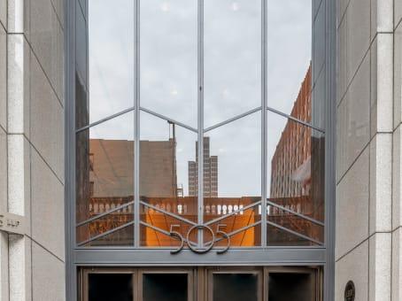 建筑位于San Francisco505 Montgomery Street, 10th and 11th Floor 1
