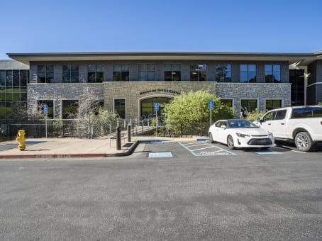 建筑位于Novato7250 Redwood Boulevard, Suite 300 1
