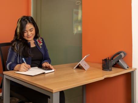建筑位于Kota Jakarta BaratJl. Raya Pejuangan No. 8 The Vida 7th floor, RT.1/RW.7, Kebon Jeruk 1