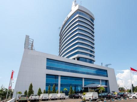 Gebäude in Jl. Urip Sumohardjo No. 20, Gedung Graha Pena 5th floor in Makassar 1