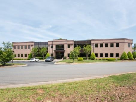 建筑位于Cornelius19109 West Catawba Avenue, Lake Norman, Suite 200 1