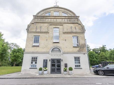 建筑位于LyngbyBusiness Centre Lyngby Hovedgade, Lyngby Hovedgade 10 c 1