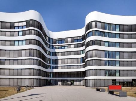 建筑位于DusseldorfPeter-Müller-Straße 3, 3rd Floor 1
