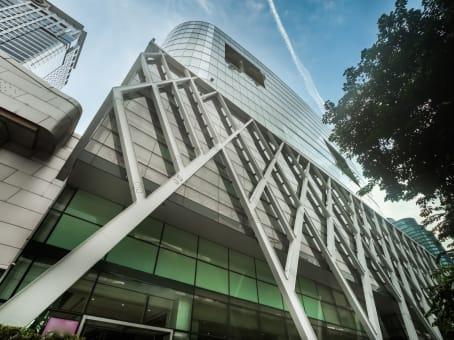 建筑位于BangkokCentral Tower, Level 12, 4, 4/5, Rajdamri Road 1