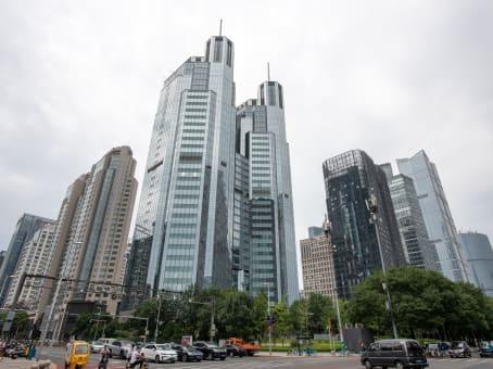 建筑位于北京光华路1号, 嘉里中心南楼10楼 1
