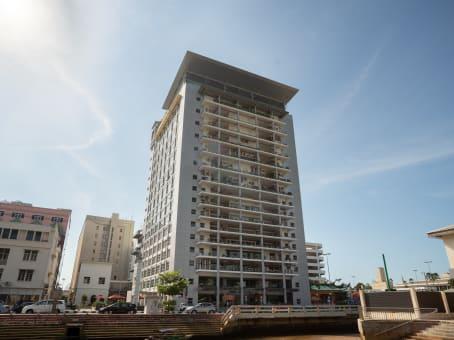 建筑位于Bandar Seri Begawan8th Floor, PGGMB Building, Jalan Kianggeh, Darussalam 1