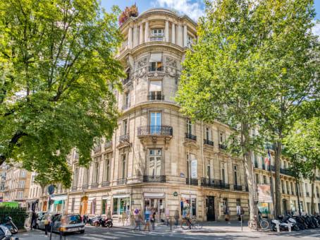 建筑位于Paris75 Boulevard Haussmann 1