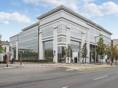 建筑位于Luxembourg46A avenue John F. Kennedy 1