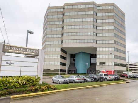 建筑位于Houston11111 Katy Freeway, Memorial, Suite 910 1