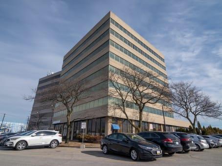 建筑位于Pickering1315 Pickering Parkway, Picore Centre I, Suite 300 1