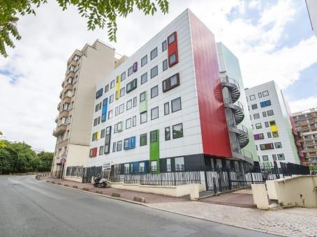 Building at 6-8 rue du 4 septembre in Issy-les-Moulineaux 1