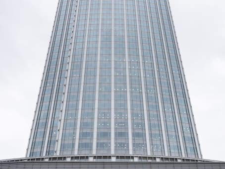 建筑位于台北市忠孝東路5段68號29樓 1