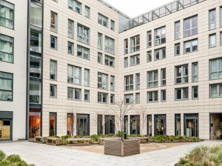 建筑位于London167 City Road 1
