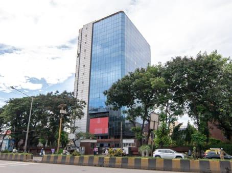 建筑位于MumbaiVN Purav Marg, Unit No.9, 9th Floor, Corporate Park II, Near Swastik Chambers, Chembur 1