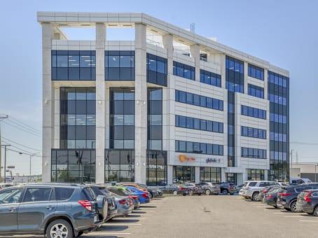 建筑位于Quebec City1020 Bouvier Street, Suite 400 1