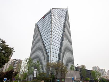 建筑位于北京东三环中路20号, 乐成中心A座5楼 1