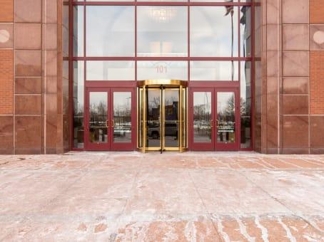 建筑位于Troy101 West Big Beaver Road, Columbia Center II, 14th Floor 1