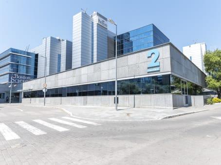 建筑位于MadridRibera del Loira 46, Puerta de las Naciones, Campo de las Naciones 1