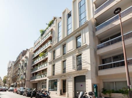 建筑位于Paris115 Rue Cardinet 1