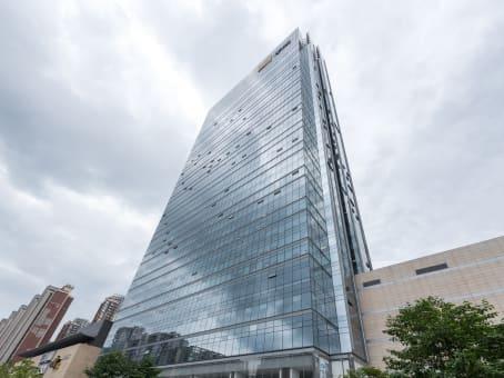 建筑位于成都市双庆路10号, 华润大厦32层, 成华区 1