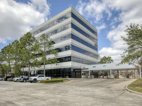 建筑位于Houston20333 State Highway 249, Suite 200 1