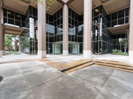 建筑位于Austin901 Mopac Expressway South, Building 1, Suite 300 1
