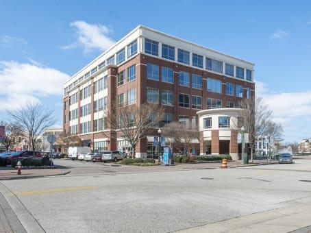 建筑位于Newport News11815 Fountain Way, Suite 300 1