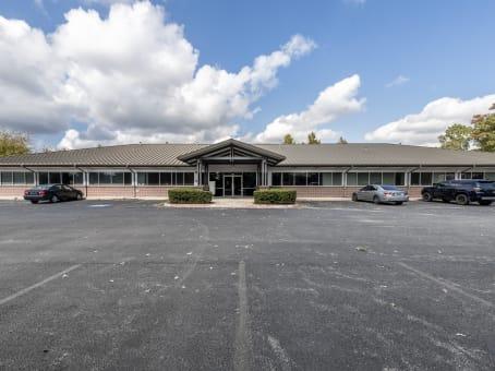 建筑位于Bentonville1202 Northeast McClain Road, Building 7 1