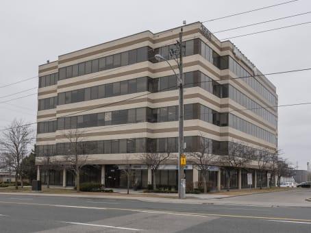 建筑位于Toronto3660 Midland Avenue, Suite 300 1