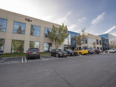 建筑位于Diamond Bar1370 Valley Vista Drive, Suite 200 1