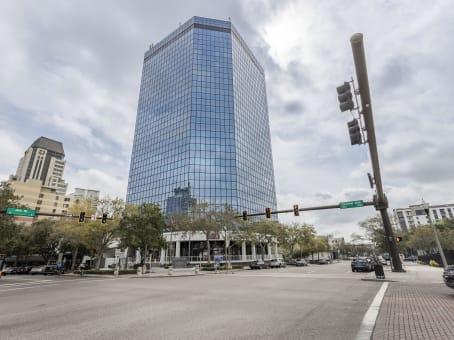 建筑位于Street Petersburg360 Central Avenue, First Central Tower, Suite 800 1