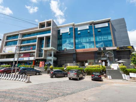 建筑位于HyderabadRoad No.36, Plot No.1202 & 1215A, 3rd Floor, SL Jubilee, Jubilee Hills 1
