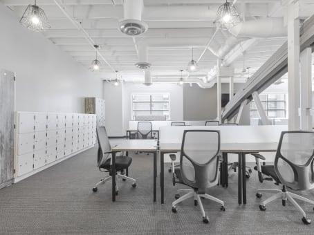 Établissement situé à 201 N. Brand Blvd., Suite 200 à Glendale 1