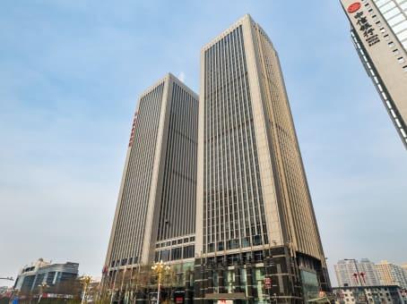 建筑位于太原市府西街69号, 山西国际贸易中心东塔楼5层, 杏花岭区 1