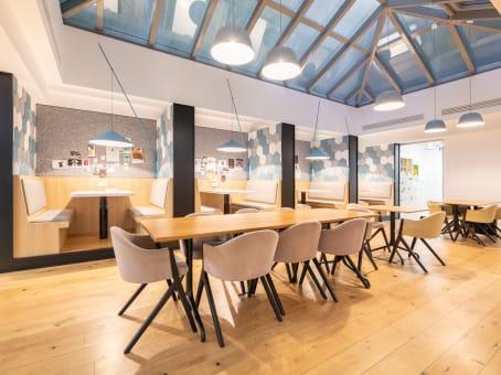建筑位于ParisRue Saint-Fiacre 17-21 1