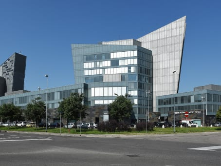 建筑位于VeronaVia Francia 21/C 1
