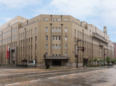 Établissement situé à 3-1 Sakurabashi Dori, 2F Denki Building Honkan à Toyama 1