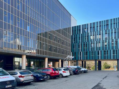 建筑位于HelsinkiKyllikinportti 2 1