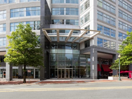 Building at 4445 Willard Ave, Suite 600 in Chevy Chase 1