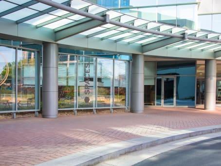 建筑位于AtlantaOne Glenlake Parkway, Suites 650 and 700 1
